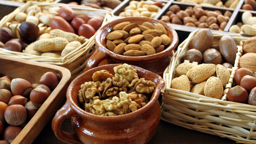 Edible Nuts | Dinami Export Import